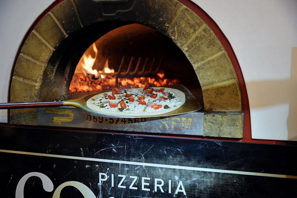 Come una Volta | Pizzeria di Fedele Guida | Campione del mondo di Pizza